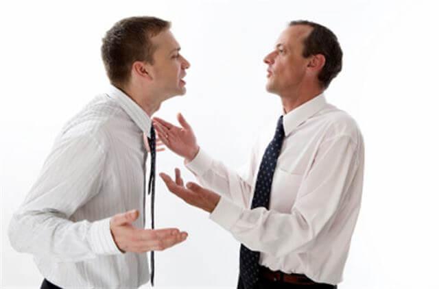 النقاش والجدال - لغة العيون - لغة الجسد