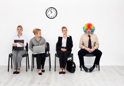 """14 خطأ فى لغة الجسد خلال مقابلة العمل """"الانترفيو"""" يجب تجنبها"""