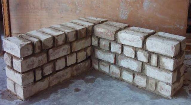 شرح بناء الحوائط المستقيمة وزاوية قائمة بالصور