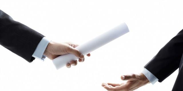 أنواع السلطة الادارية - الفرق بين السلطة التنفيذية والوظيفية والإستشارية