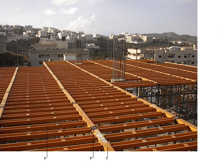 استكمال تركيب أجزاء الشدة المعدنية للسقف