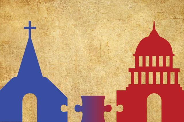 الثيوقراطية - تعريفها وسماتها ومزاياها وعيوبها وأمثلة عليها