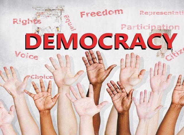 تعريف الديمقراطية وأهميتها ومبادئ الديمقراطية وأهدافها