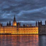 نظام الحكم في بريطانيا - الدستور والملكة والبرلمان